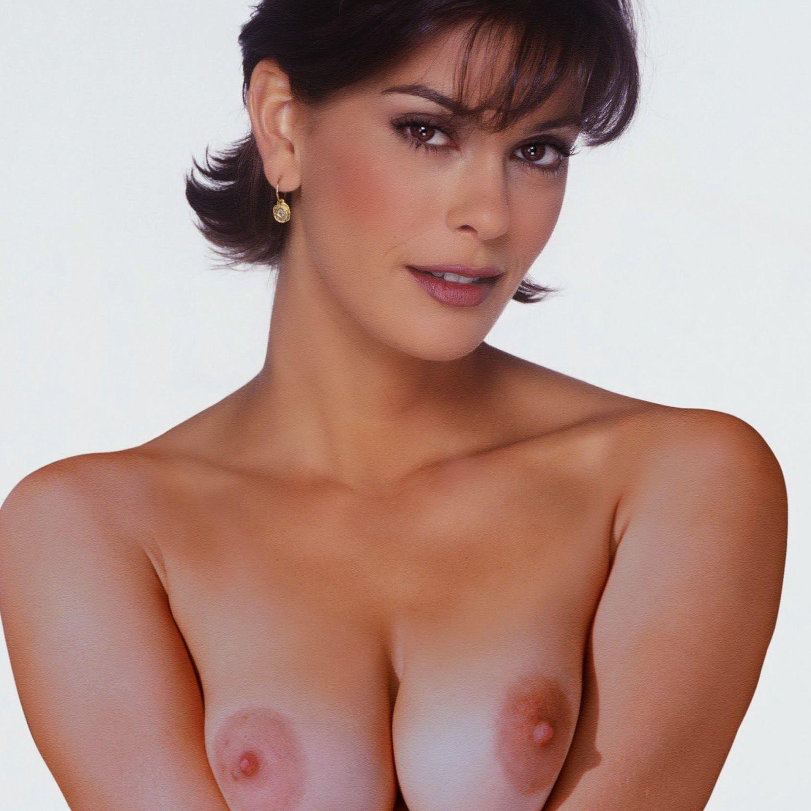 Have Naked teri hatcher nude