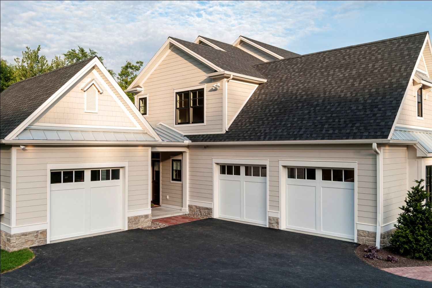 Street Of Dreams 2014 Gallery Farinelli Construction Inc Garage Addition Garage Door Design Facade House