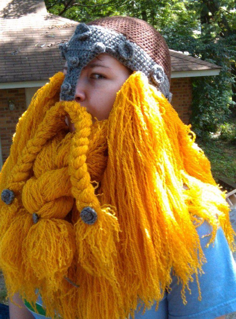 gorro + barba + pelos de ... vikingo? jajaja   Curiosidades tejidas ...