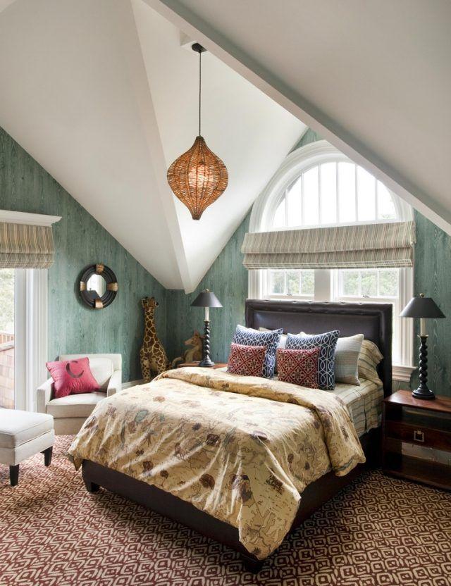 Modernes Schlafzimmer Mit Marokkanischem Muster Pendelleuchten Für  Dachschräge