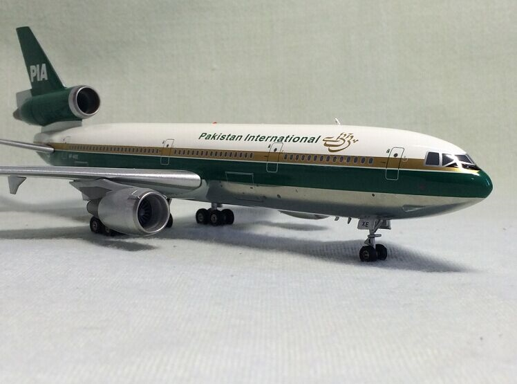 144.00$  Watch now - http://alihj8.worldwells.pw/go.php?t=32627491299 - Rare Inflight200 1: 200 PIA Pakistan International Airlines DC-10-30 ap-axe Alloy aircraft model Favorites Model 144.00$