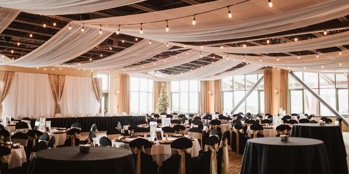 Hotel Bellwether Weddings Price Out And Compare Wedding Costs For Wedding Ceremony And Reception Venues Washington Wedding Venues Wedding Venue Prices Venues