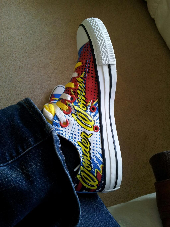 Twitter   Wonderwomen83  My wondrous new shoes  Jessica Sutton Schuh  schuh   converse  wonderwoman 8844a3d08