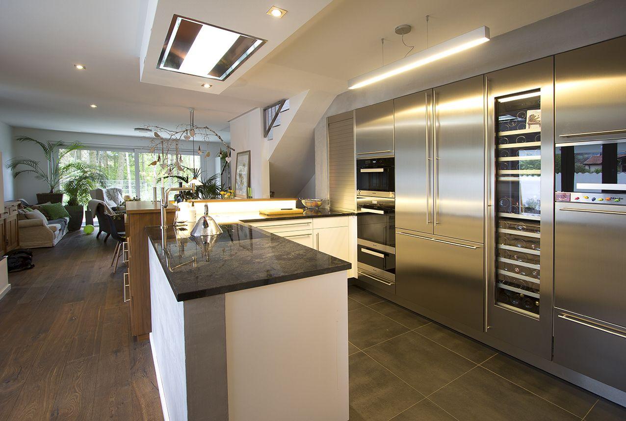 Küche Edelstahl mit Gaggenau Weinklimaschrank | Küchen | Pinterest ...