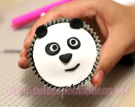 How To Make Cute Panda Face Cupcakes Easy To Follow Tutorial