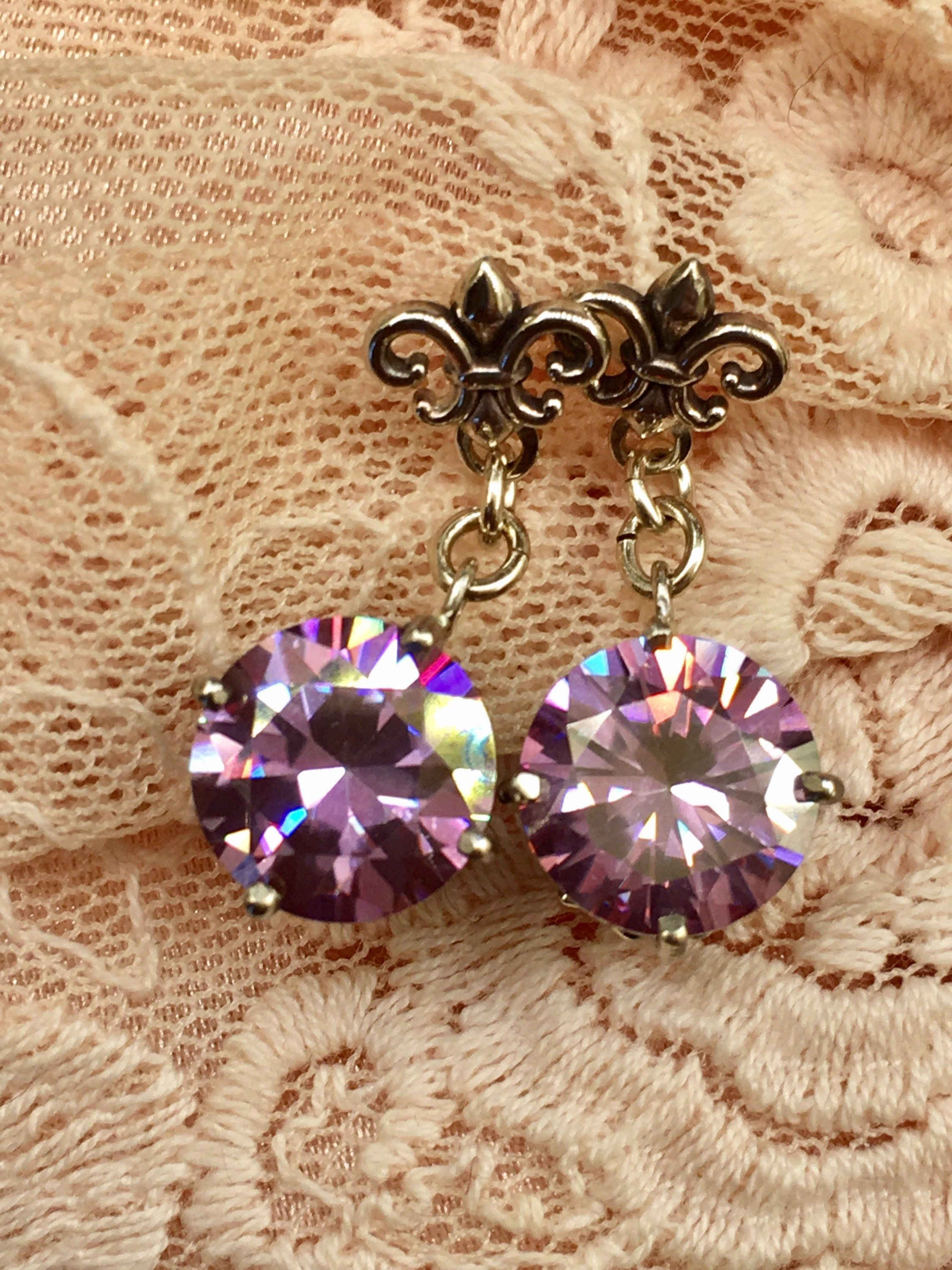 earrings beautiful vintage set a center scroll these moissanite featuring stone stud pin in