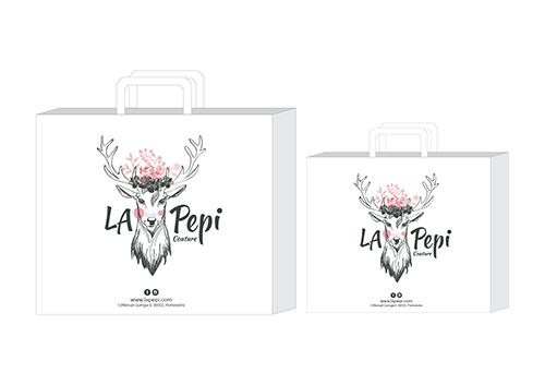 8ae318c25 Diseño de logotipo y bolsas para tienda de ropa   (Varios) Diseño ...