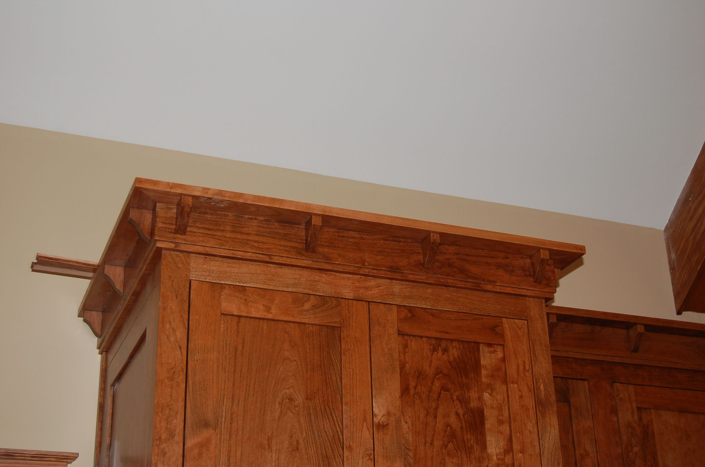 Crown Moulding Cabinets Bracket For Mission Cabinet Crown Google Search Crown Molding