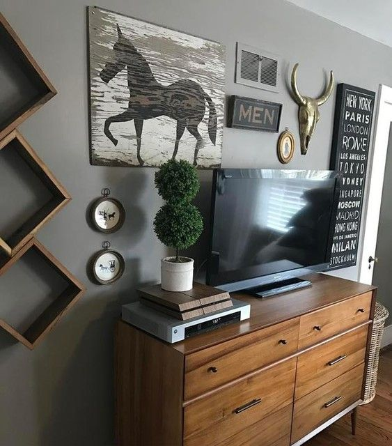 Home Staging Gallery: Feeling The Masculinity In This Bedroom! Staged And