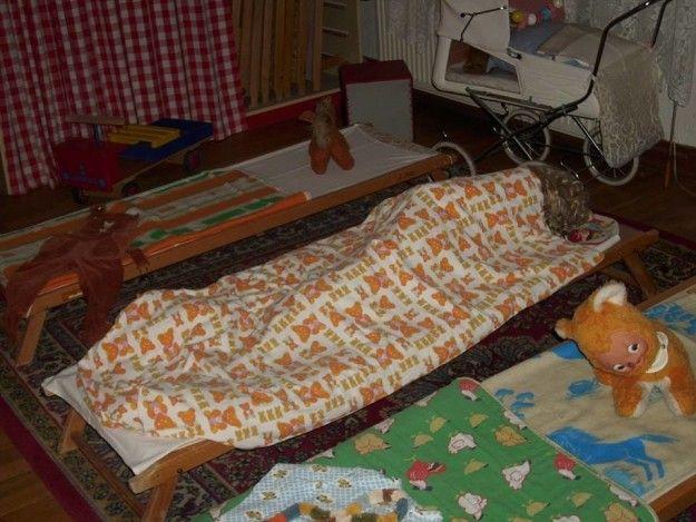 47 bilder die du nur als ostdeutscher raffen kannst ddr. Black Bedroom Furniture Sets. Home Design Ideas