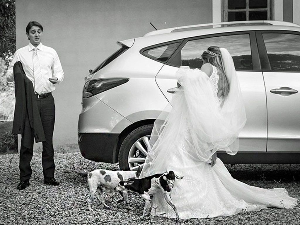 Disastrous Wedding Photos That Prove a Lot Can Go Wrong on