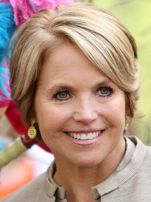 Katie Couric Blonde Hair Over 50 Mom Hairstyles Golden Blonde Hair Color