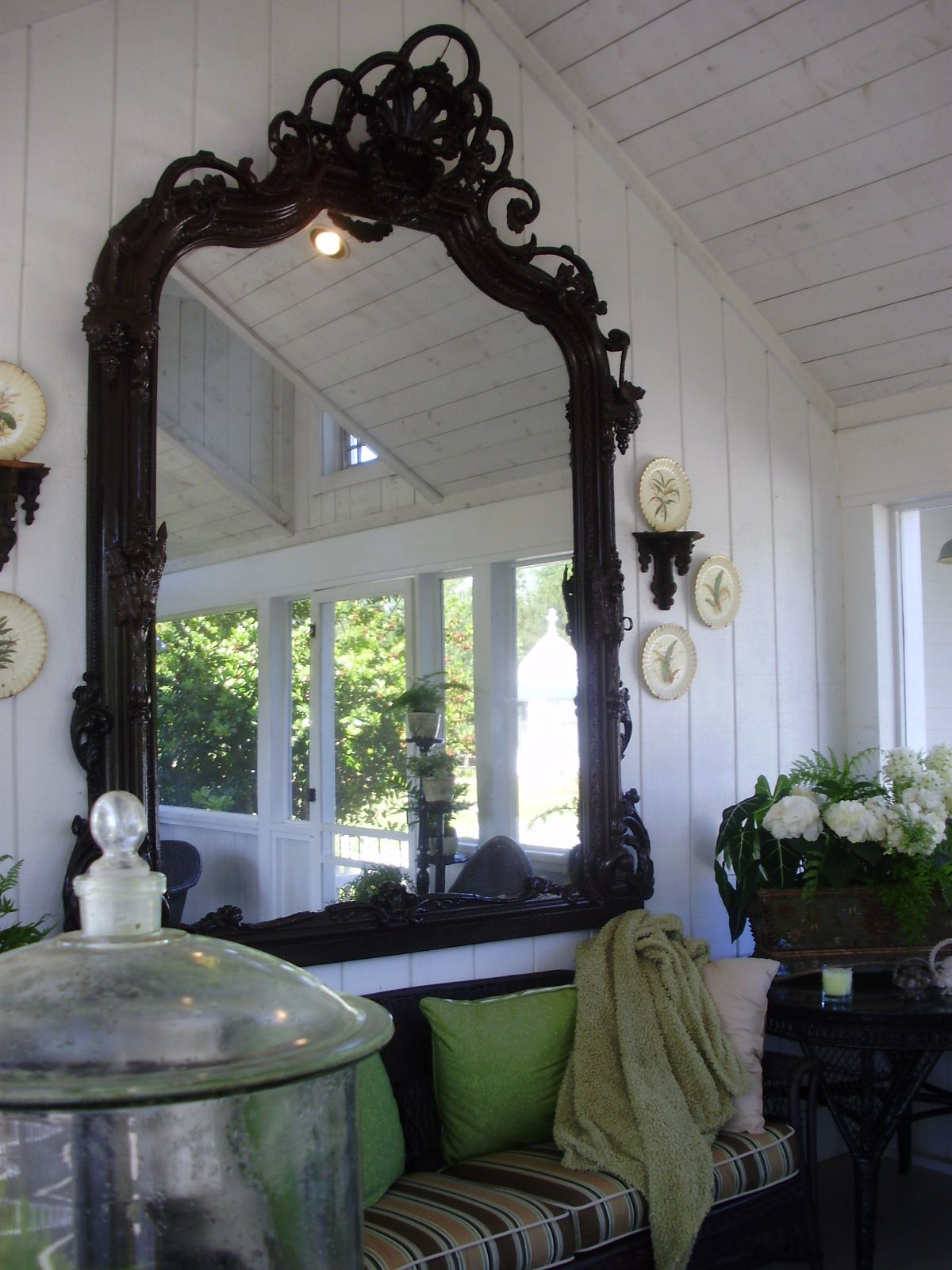 A mirror on the porch now why didnt i think of that