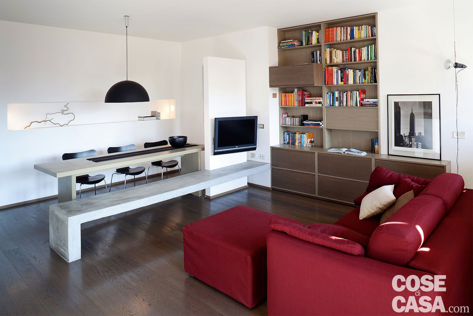 Una Casa Di 65 Mq Con Volumi Funzionali E Originali Quinte Per Dividere Cose Di Casa Idee Per Interni Idee Per Decorare La Casa Arredamento Casa