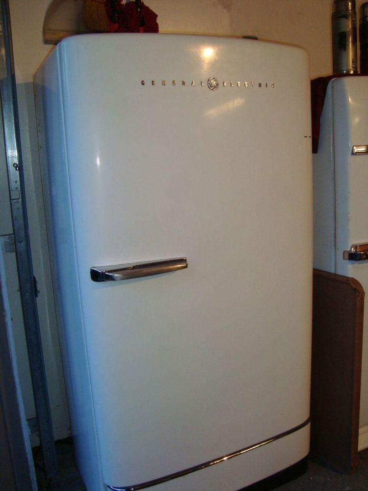 1940 S Vintage General Electric Refrigerator Freezer Works Great