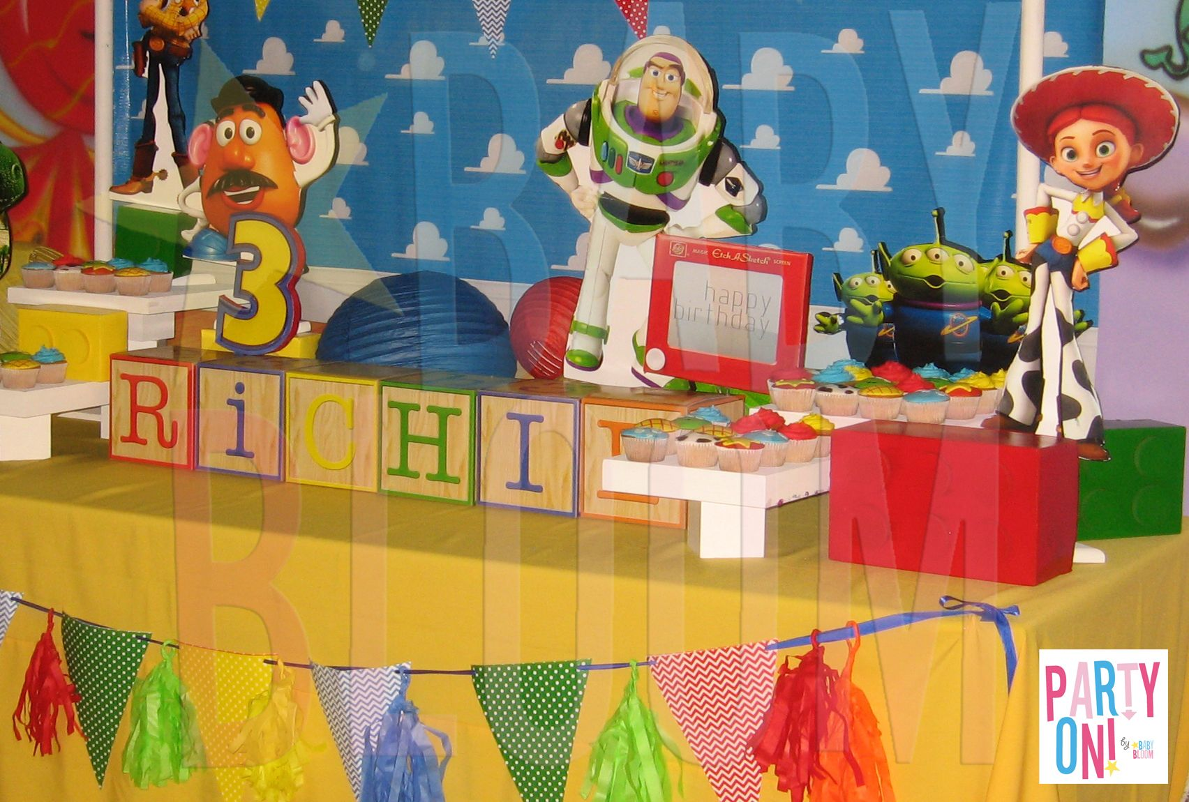 TOY STORY Cake Table