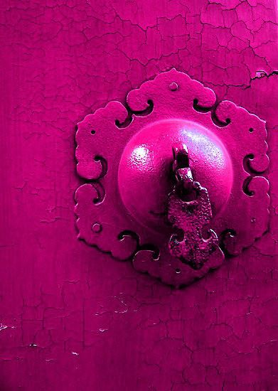 couleurs-du-ciel:  summar-daze:  want more boho PINK on your blog check out mine! summar-daze.tumblr.com  ♥♡Want more colour? Click this!♡♥