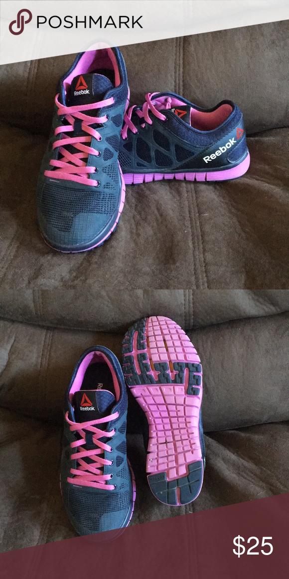 Women s Reebok Nanoweb tennis shoe Women s Size 7.5(US) Reebok tennis shoes  Navy blue and purple Reebok Shoes Athletic Shoes 44339b774