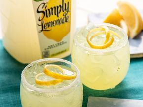 Simply Lemonade® Limoncello Cocktail - Limoncellos are sweet Italian cocktails that take just a few key ingredients to make perfectly every time. Make Simply Lemonade Limoncello cocktails for a fun and refreshing conversation starter at your next event. #limoncellococktails