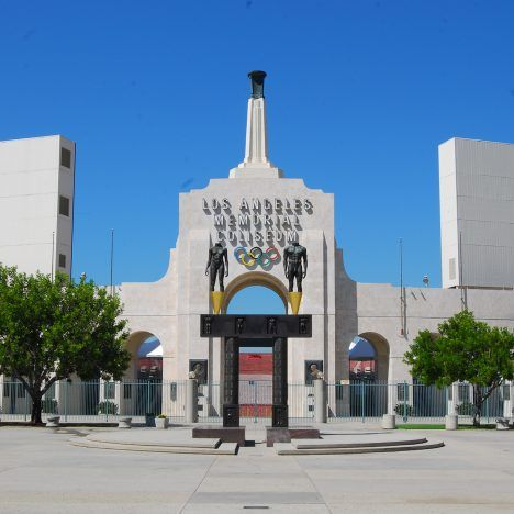 Los Angeles Memorial Coliseum By John And Donald Parkinson Los Angeles 1932 And 1984 Olympic Venues Los Angeles Ferry Building San Francisco