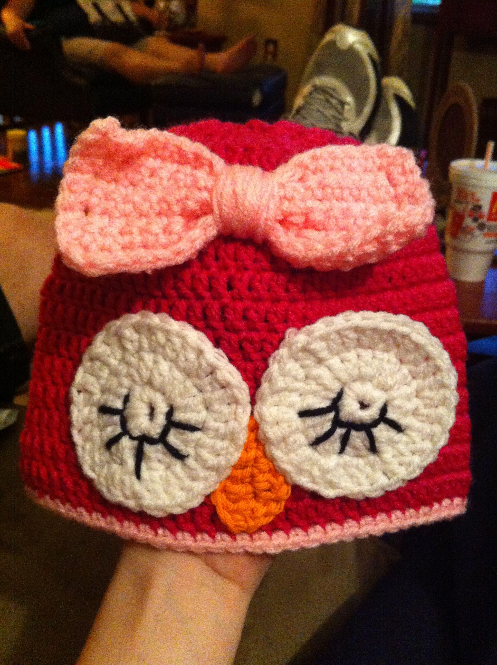 Sleepy owl crochet hat from Hooked by Meme Facebookhookedbymeme