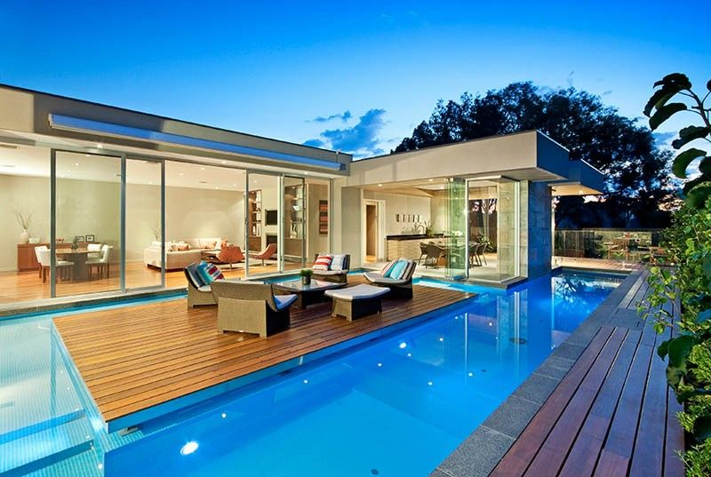 Design Detail A Floating Island Deck In Swimming Pool