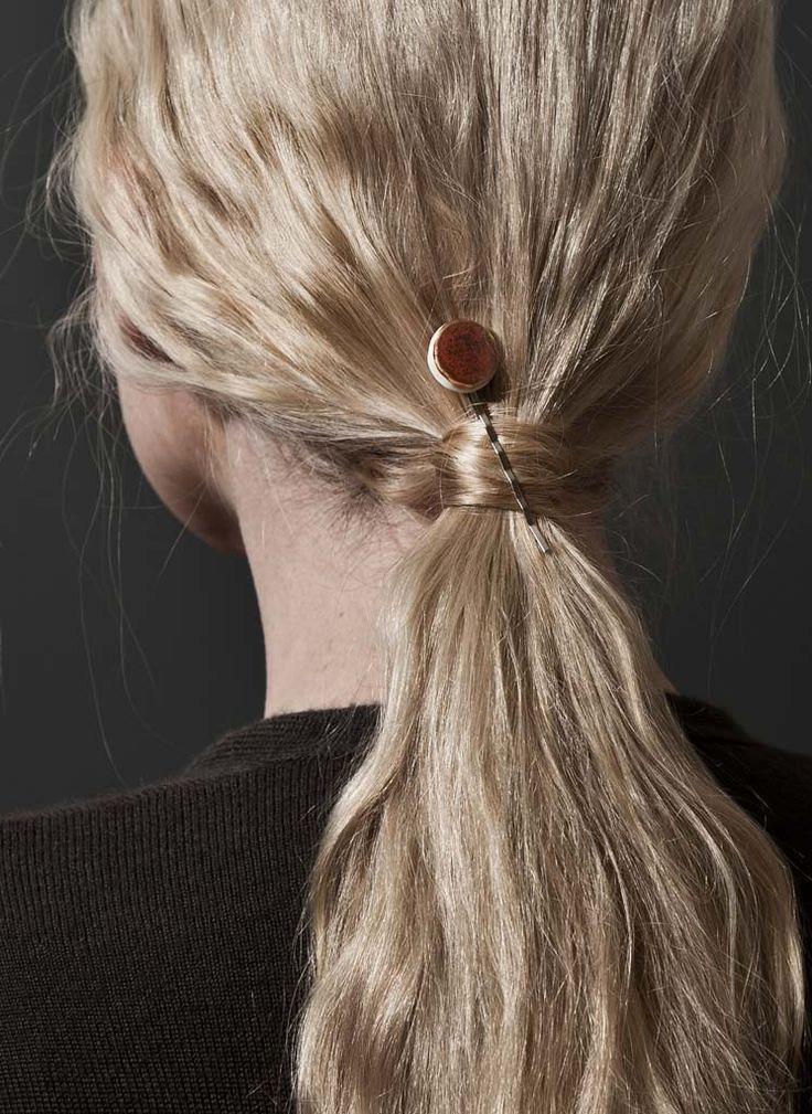 Comment mettre pince barrette cheveux ? Se coiffer avec