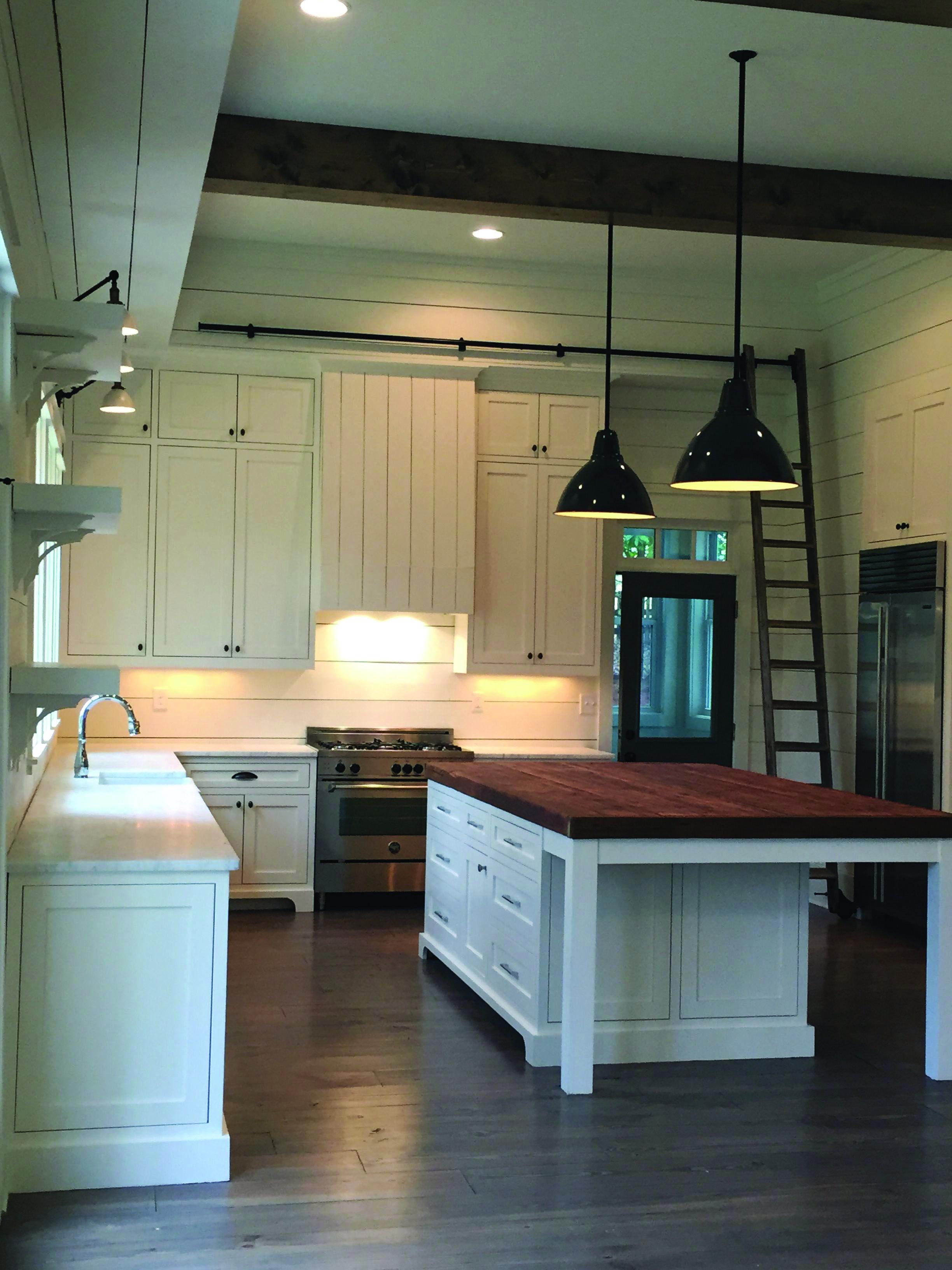 Homeeideas Com Kitchen Island With Seating Trendy Farmhouse Kitchen Small Kitchen Island