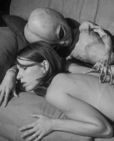 Women having sex with aliens