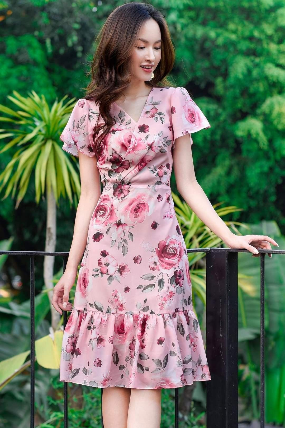 Pin de Head to Footsies em Dresses | Belos vestidos, Vestidos