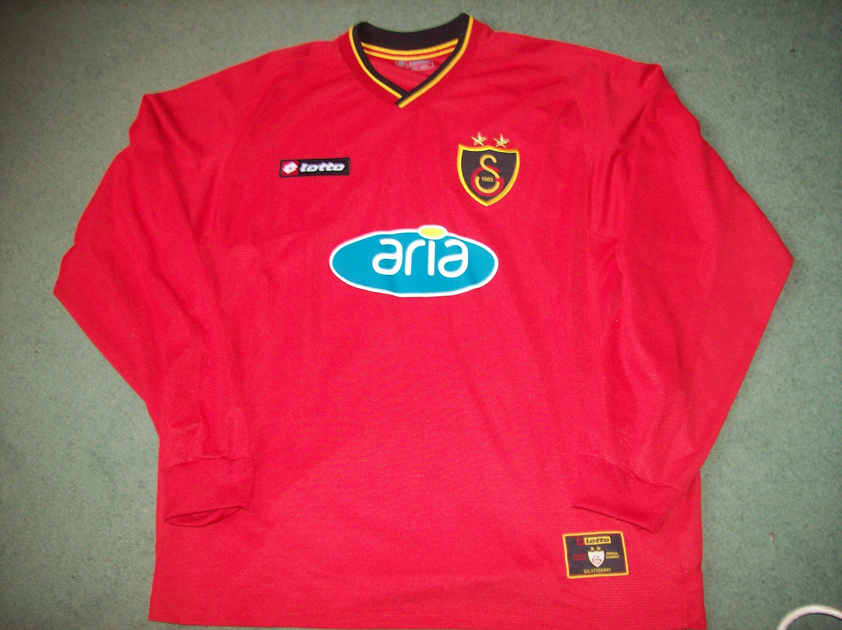 fa4eb7cd04d Galatasaray L s Away shirt from 2001 02 just listed  www.classicfootballshirtscouk.com Size XL Price £44.99