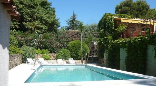 Holiday home Maison Patrizi St Cyr Sur Mer - 3 Star #VacationHomes - $95 - #Hotels #France #Saint-Cyr-sur-Mer http://www.justigo.org/hotels/france/saint-cyr-sur-mer/maison-patrizi_67953.html