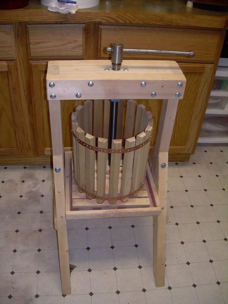 Fruit crusher grape apple crusher grinder for grape apple fruit - Fruit Press