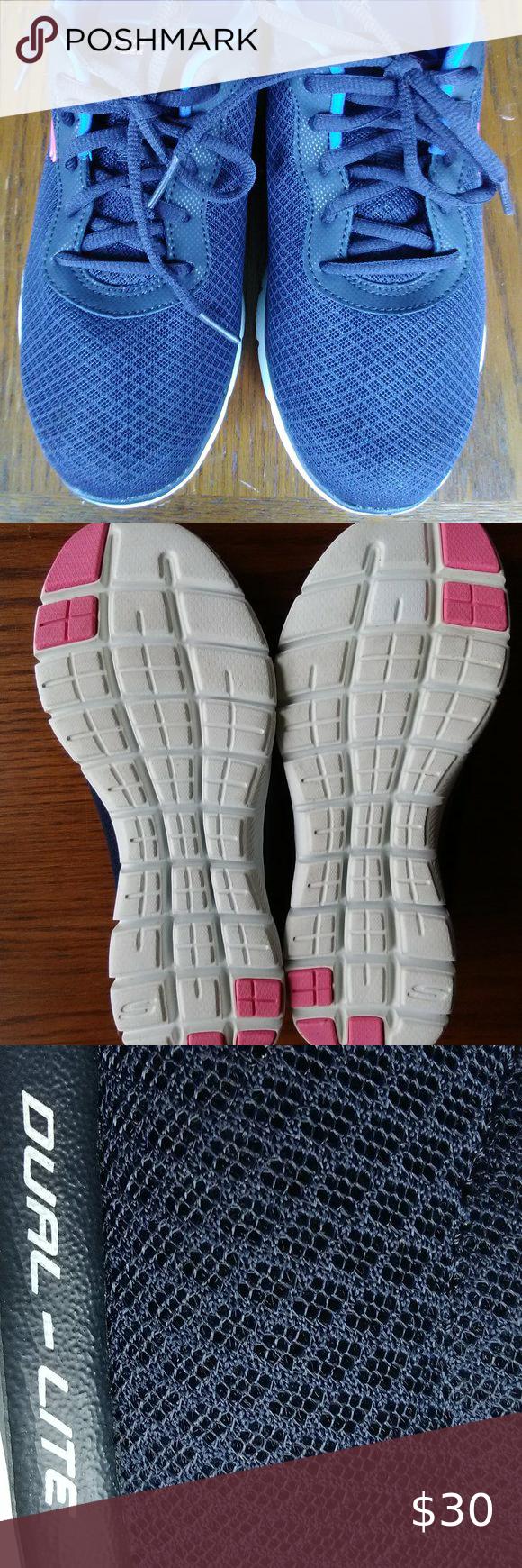 Skechers 8.5W Navy /pink Womens