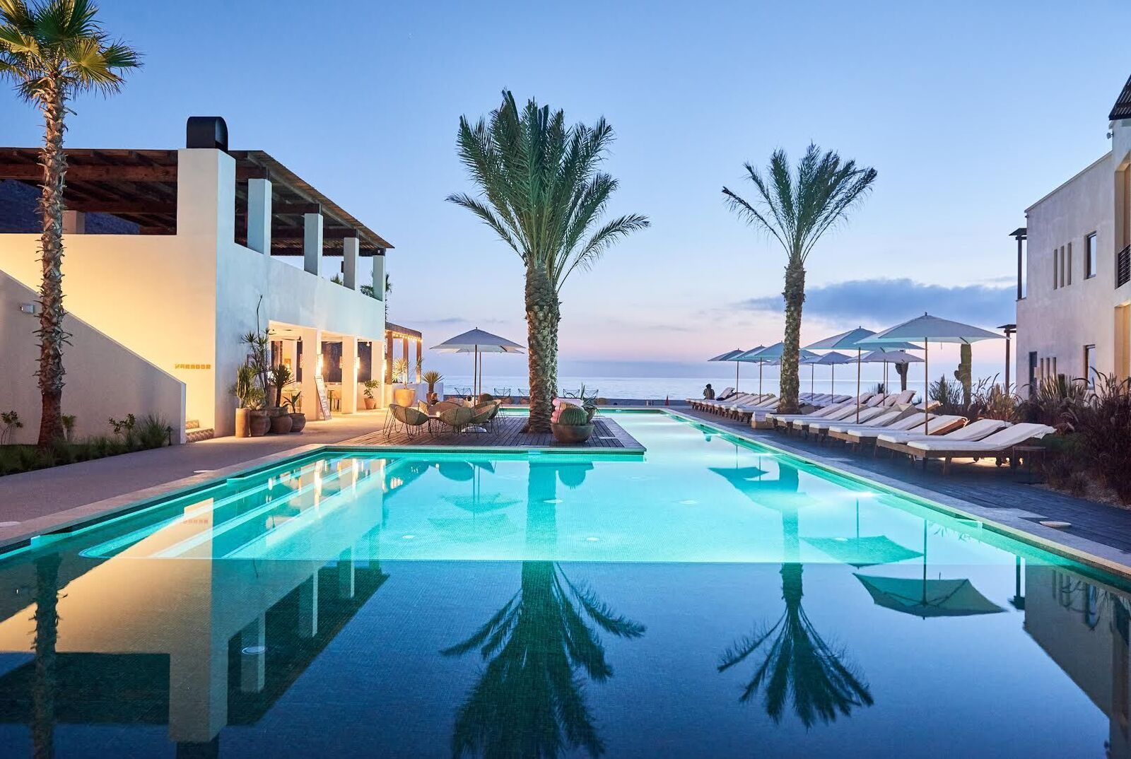 The Most Jaw Dropping Hotel Pools In The World Vacation Ideas
