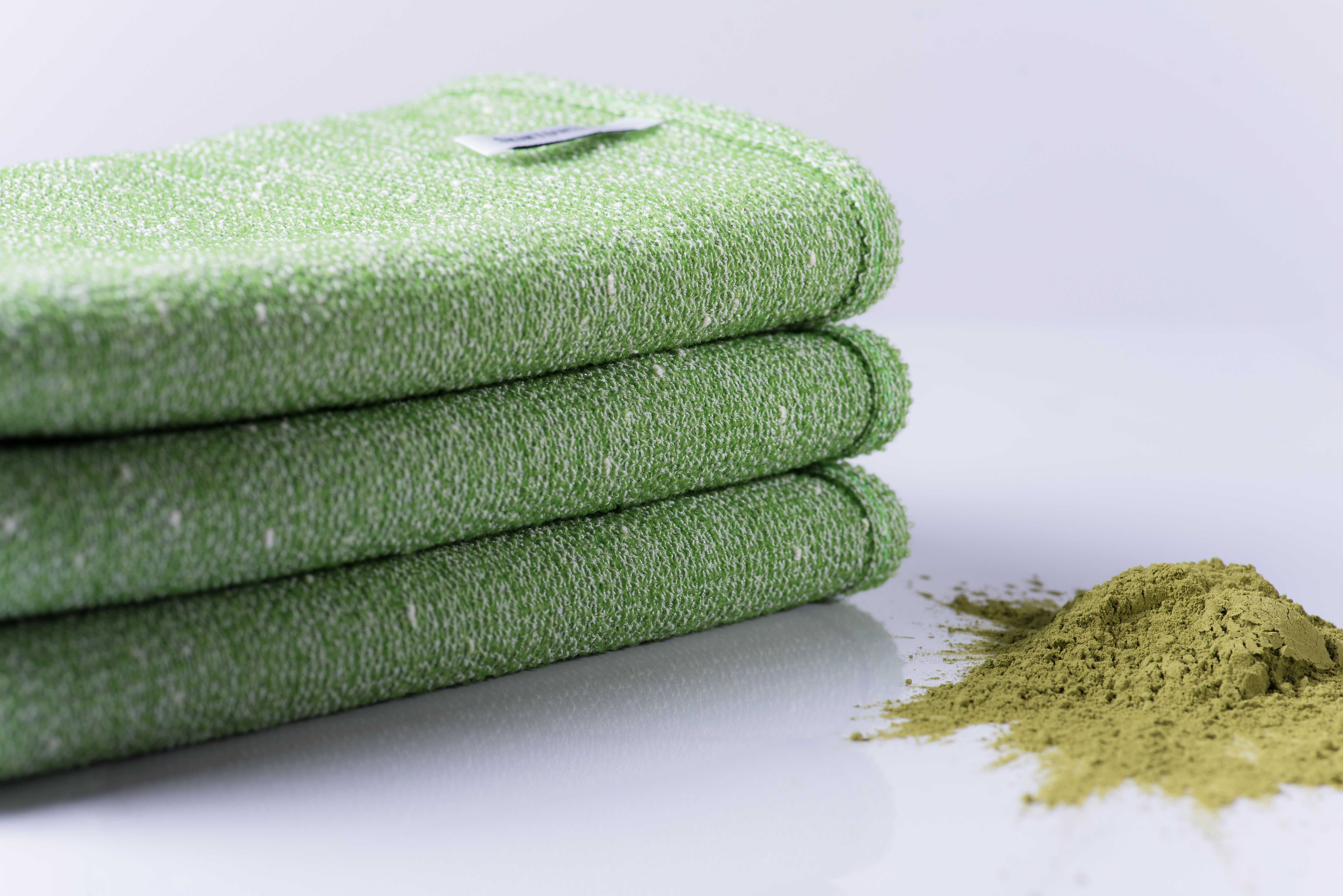 SKINTOWEL   Exfoliating Wash Cloth, Loofah, Bath Brush All In One. This  Green Tea Shower Towel Delivers The Best Shower Experience. Use With Any  Cleanser, ...