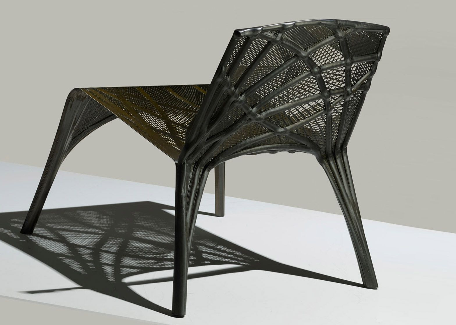 Marleen kaptein uses robots to weave carbon fibre chair for Furniture 3d design