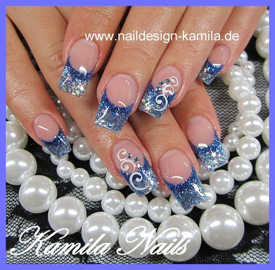 Those French Nail Art Designs Are Simply Beautiful Take A Look At