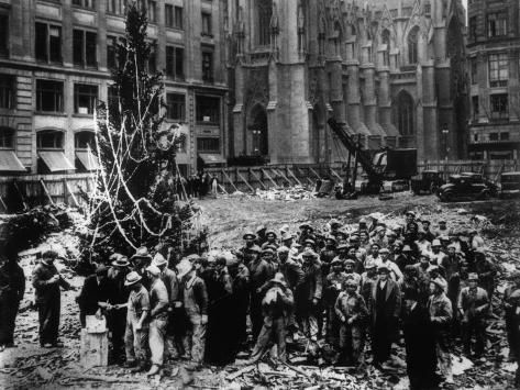 Photographic Print: Construction Workers Line up for Pay Beside the First Rockefeller Center Christmas Tree : 12x9in