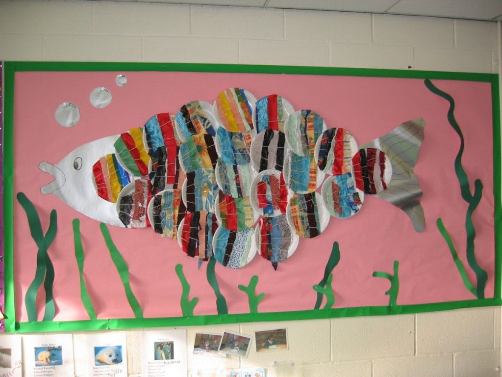 Make Weaved Paper Plates Into Scales For A Large Fish