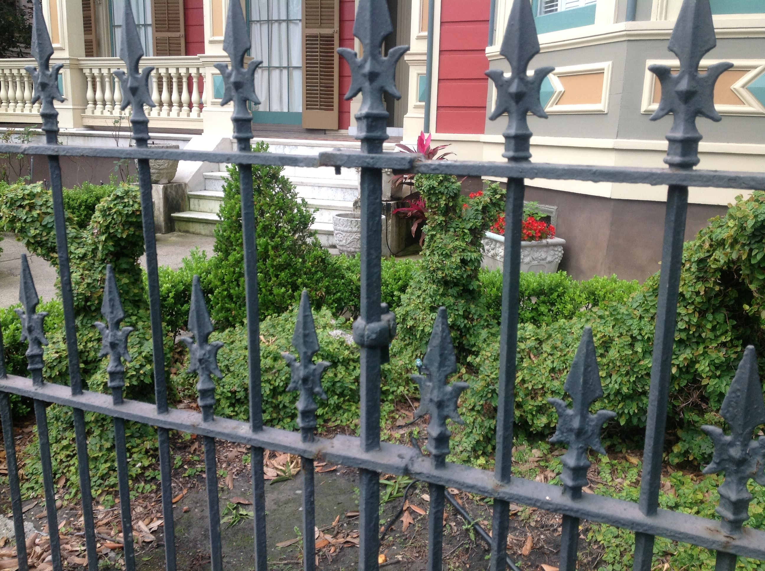 Wrought Iron Fencing New Orleans Iron Fence New Orleans Homes