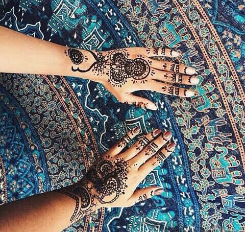 Henna that could probably be mad into a tattoo