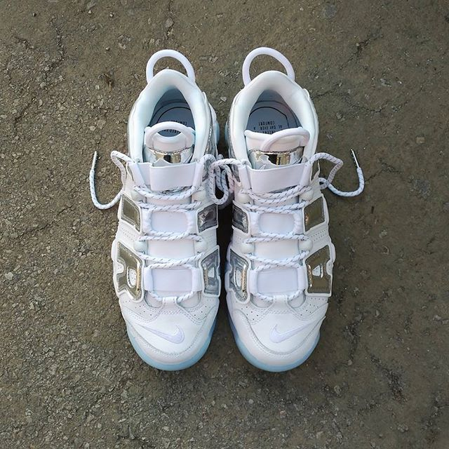 nike uptempo white chrome