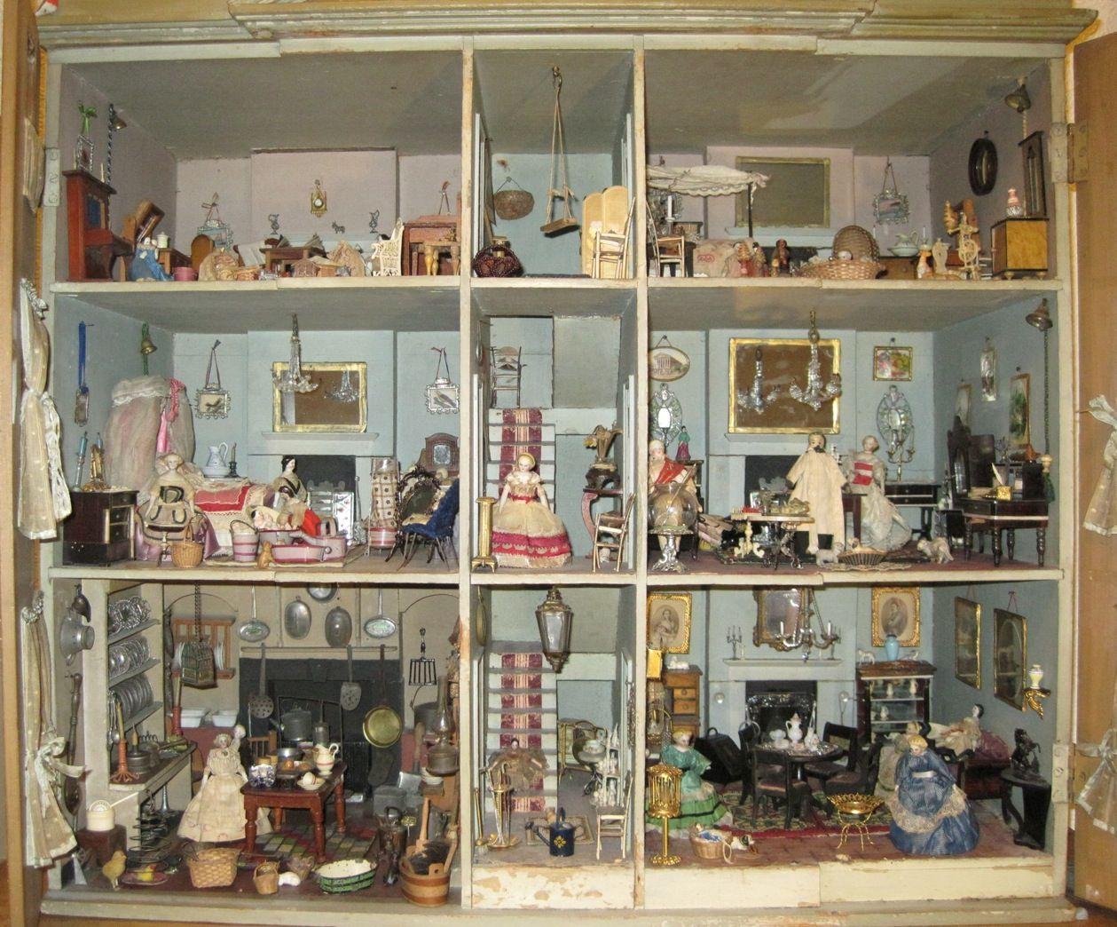 dolls house interior. Dolls georgian dollhouses  Google Search Pretty Little Things