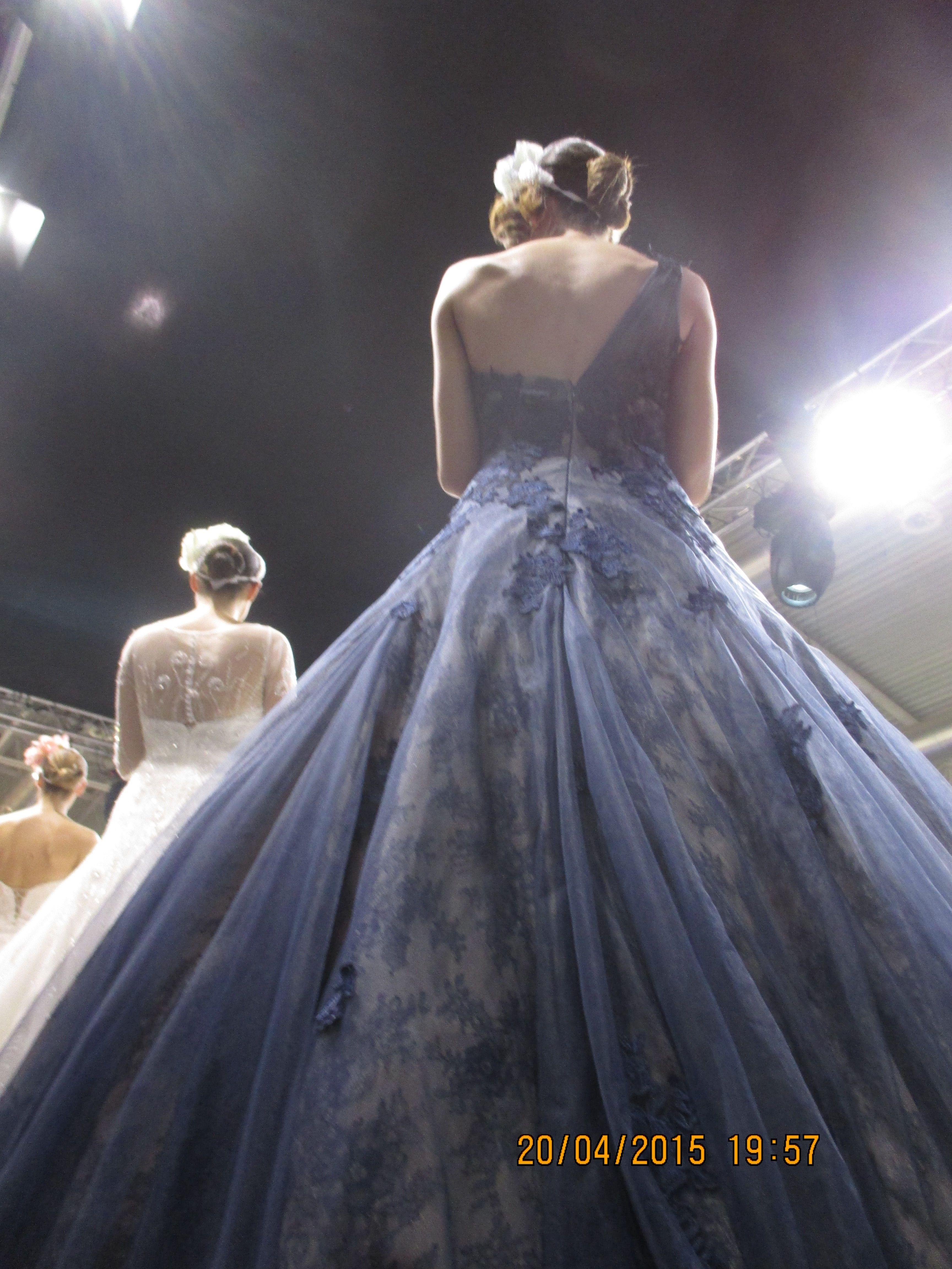 la sposa in blu di Radiosa, un sogno