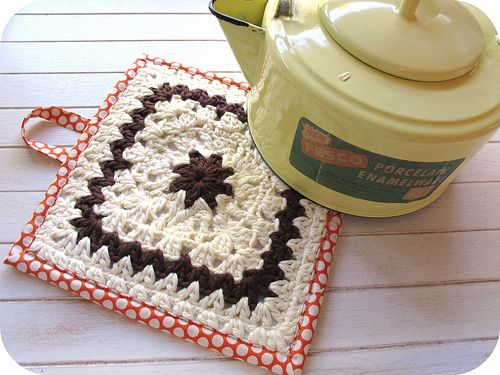 crocheted and quilted pot holder