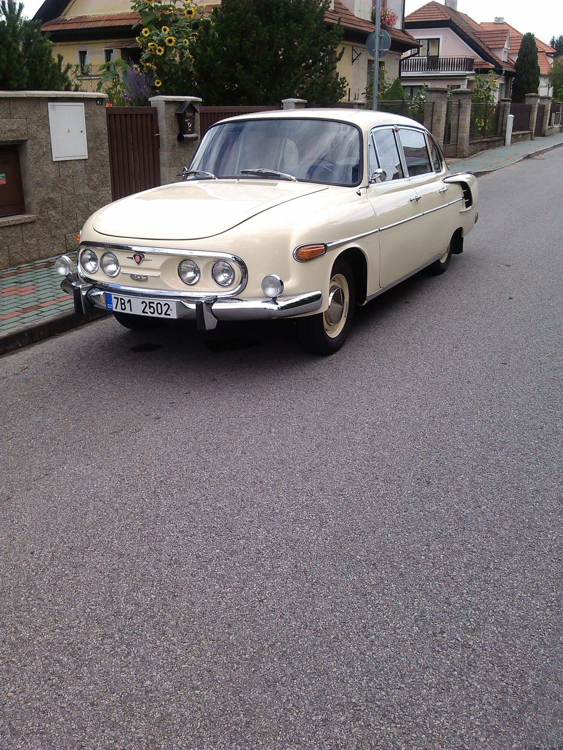Tatra 603 (Made in Czechoslovakia, 1955-1975)