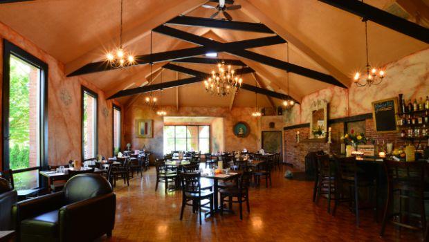 Il Covo Trattoria Authentic Italian Restaurant In Victoria