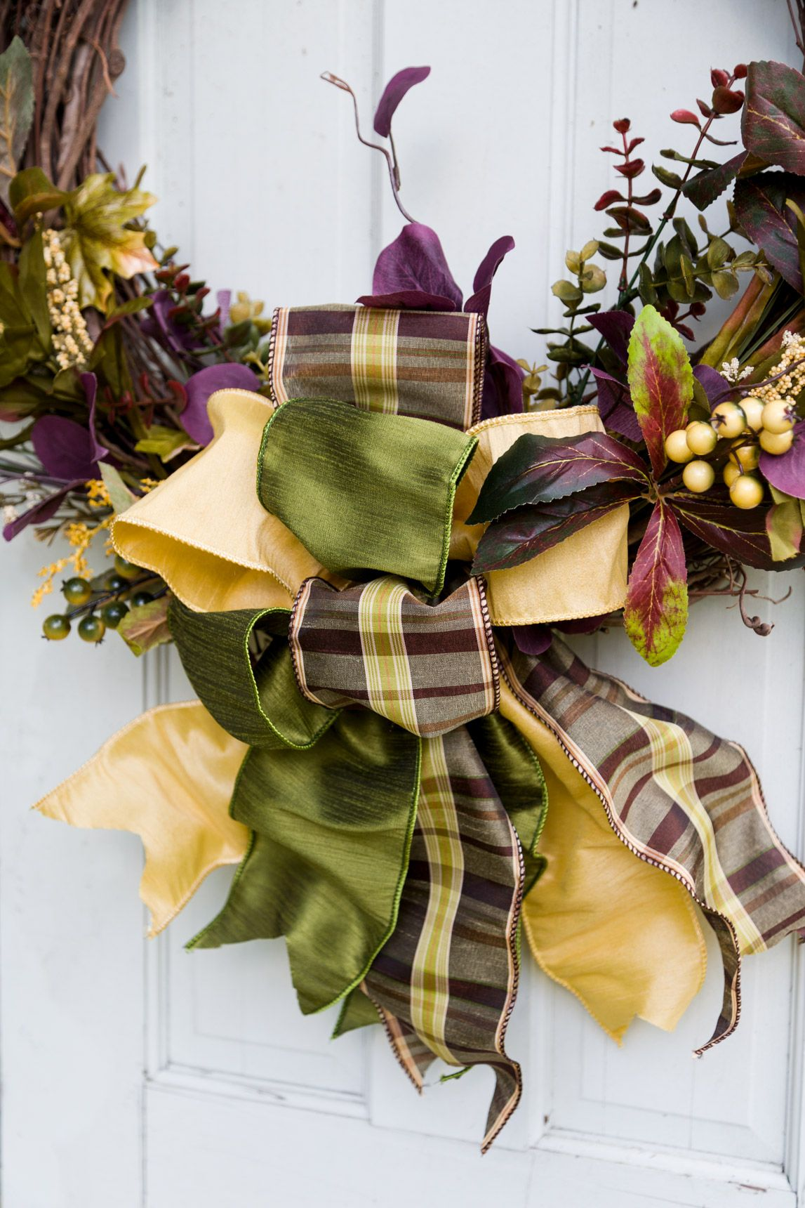 Elegant Fall Wreath DIY, Easy to Create Stunning Bows