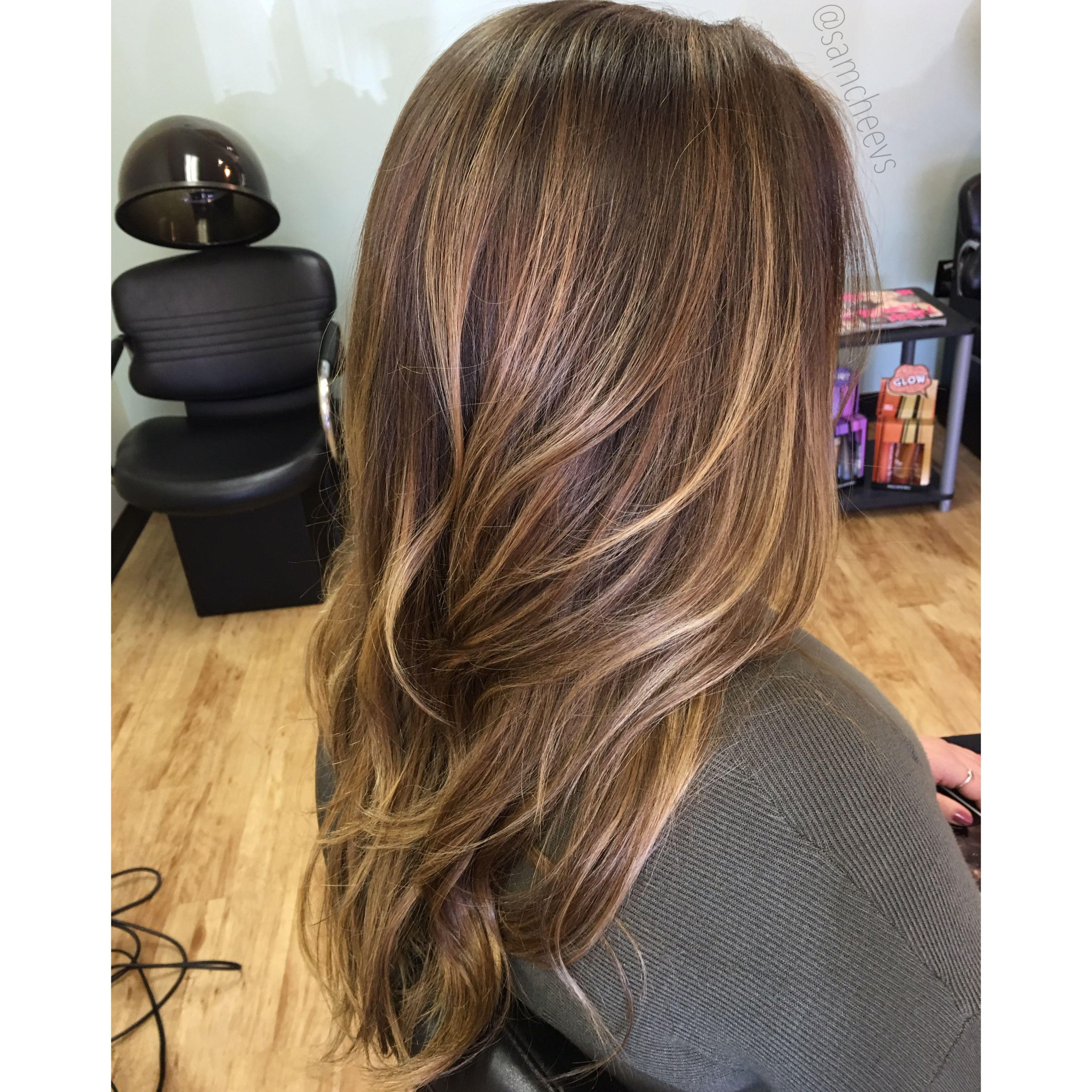Caramel highlights for dark hair // balayage for brown ...